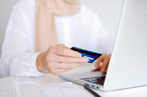 How Refinancing Your Credit Card Debt Can Save You Thousands