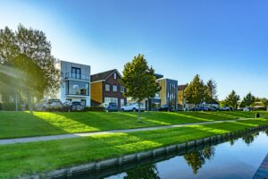 5 Reasons Doctors Prefer Passive Real Estate Investing